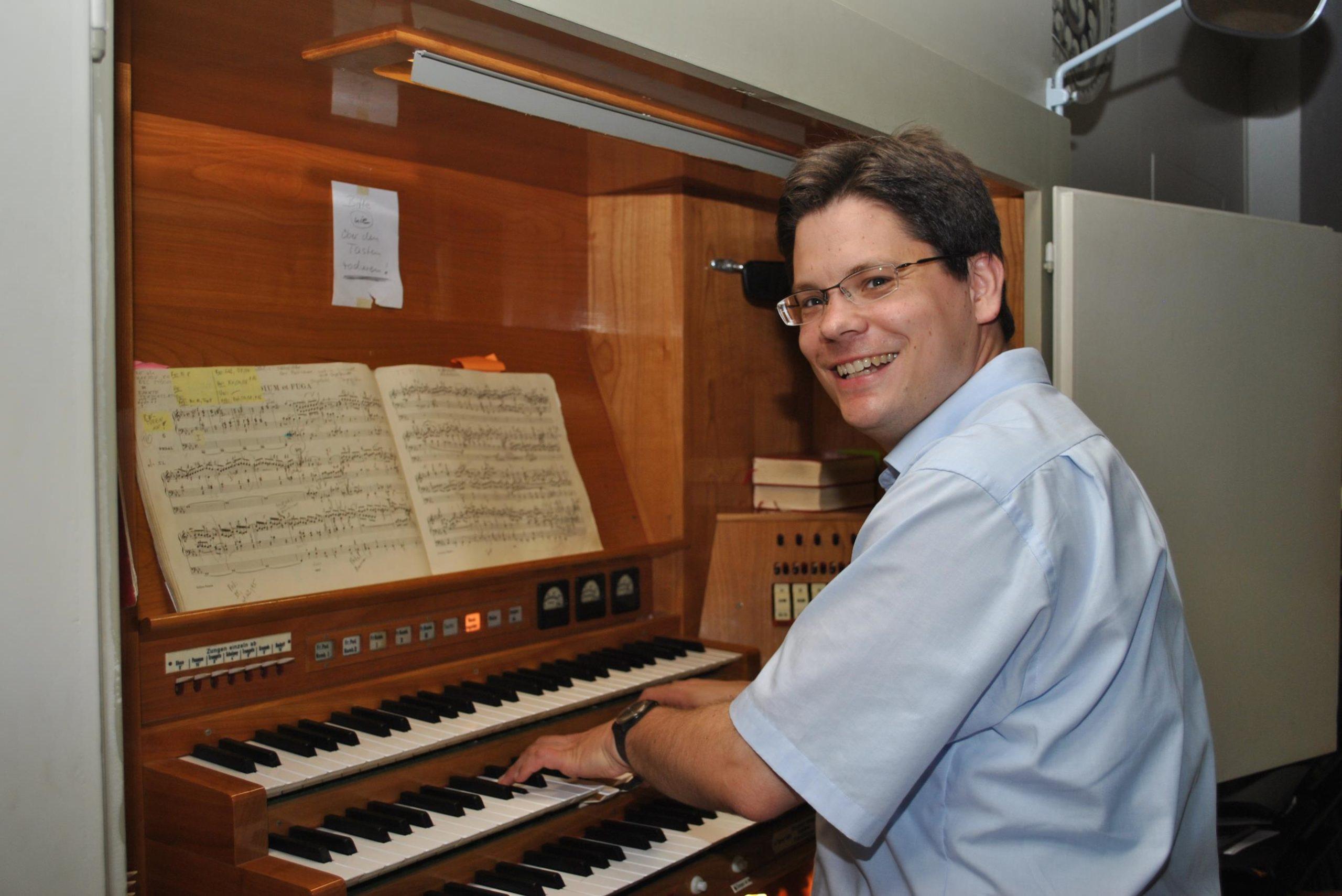 Kristian Schneider Orgel Page 1 scaled
