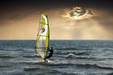 windsurfing 2298647 1920