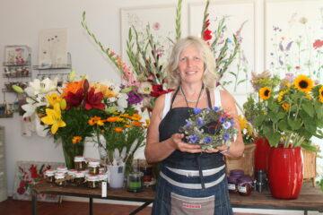 Toenn Blumen und Kunst Schopf 2021 ug01